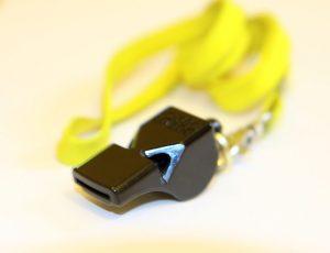 784px-Fox40-black-whistle